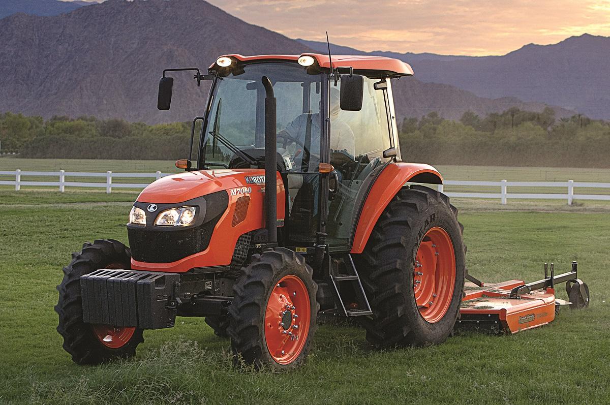 M7060 Diesel Tractor
