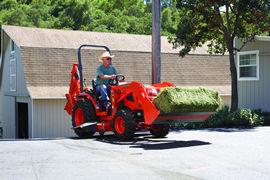 kubota b2320 compact tractor