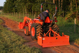 Kubota L2800 HST Compact Tractor Details   Coleman Equipment