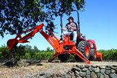 Kubota B2620 Compact Tractor